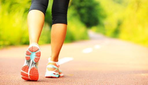 8 përfitime që merrni nëse ecni për 15 minuta çdo ditë