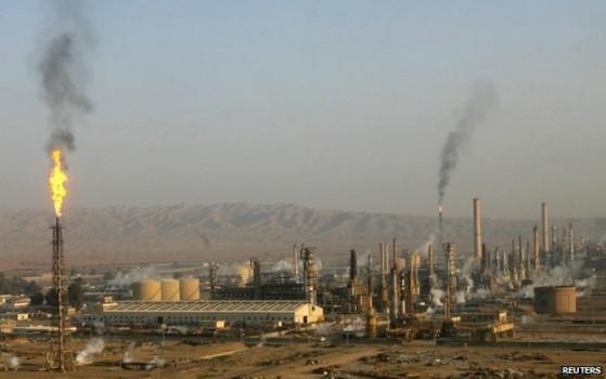 Specialistët kërkojnë rishtetëzimin, ministria tregon ç'do të ndodhë me uzinën e Ballshit dhe naftëtarët
