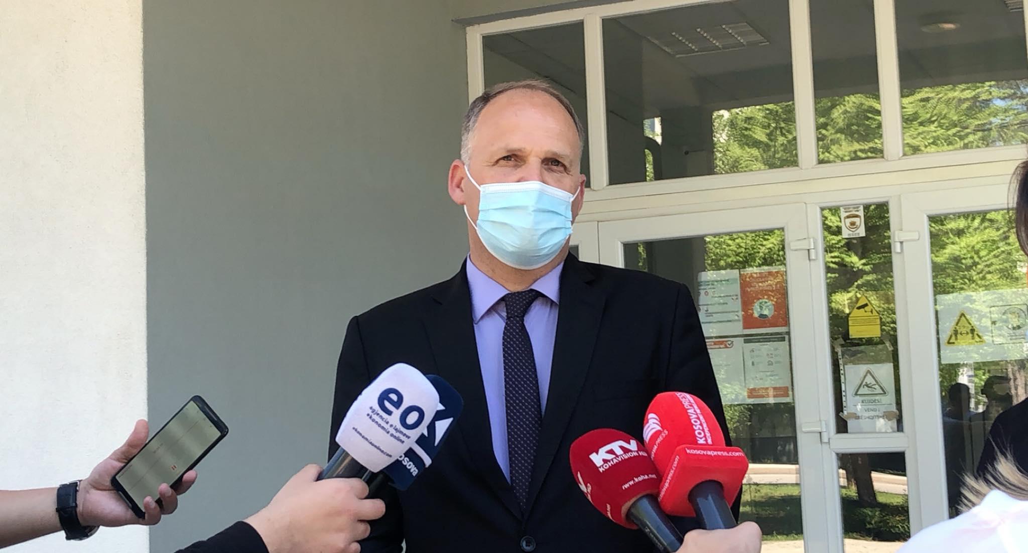 Përmirësohet situata në Kosovë, Krasniqi: Në spitale po trajtohen 426 pacientë