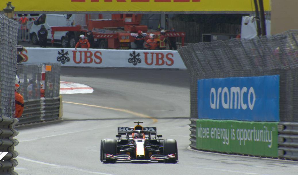 """VIDEO/ Verstapen """"fluturon"""" në Monaco, Sainz fiton podiumin e parë me Ferrarin"""