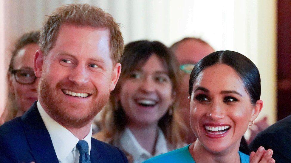 Ardhja në jetë e Lilibet Diana, Familja Mbretërore uron Princ Harry dhe Meghan