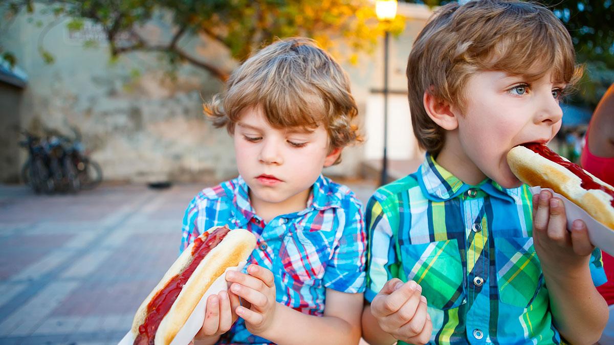 Gjashtë rregullat e të ushqyerit të fëmijëve