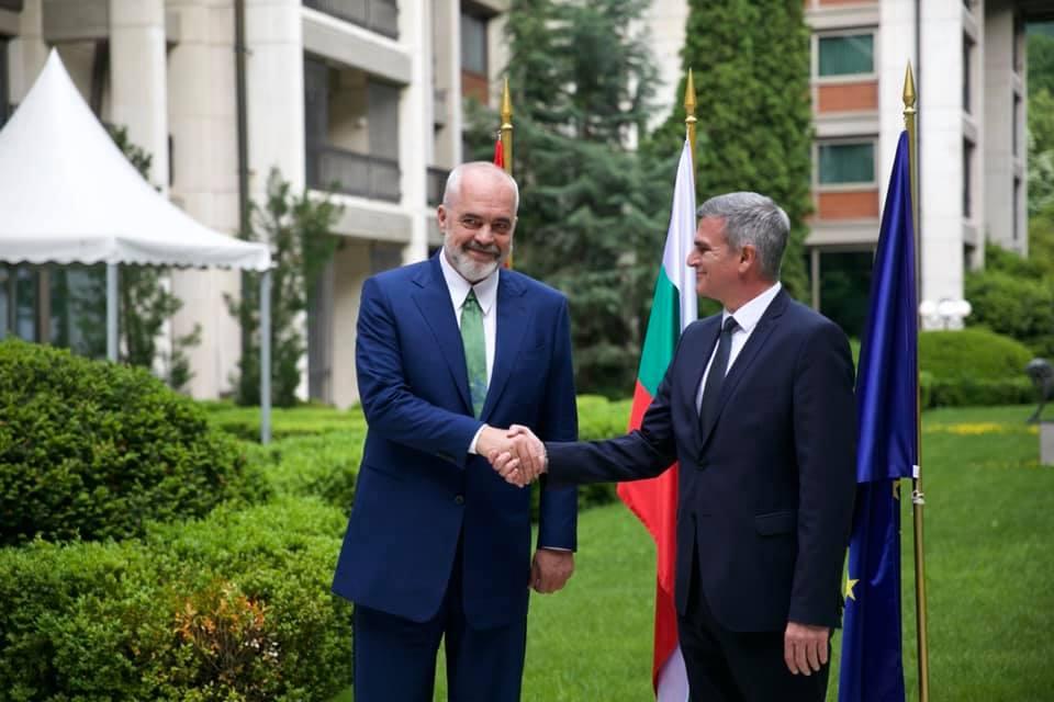 Pas Hungarisë, kryeministri Rama takon në Sofje homologun bullgar Stefan Yanev