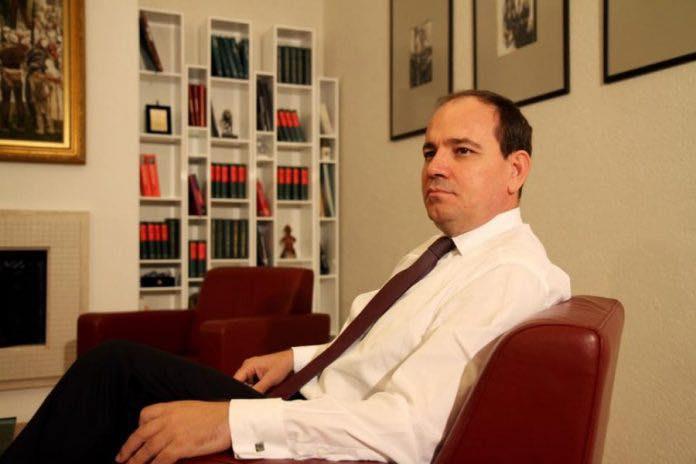 PD 3 mandate në opozitë, Nishani: Duhet lidership i ri, s'ka sukses me një kryetar të paaftë