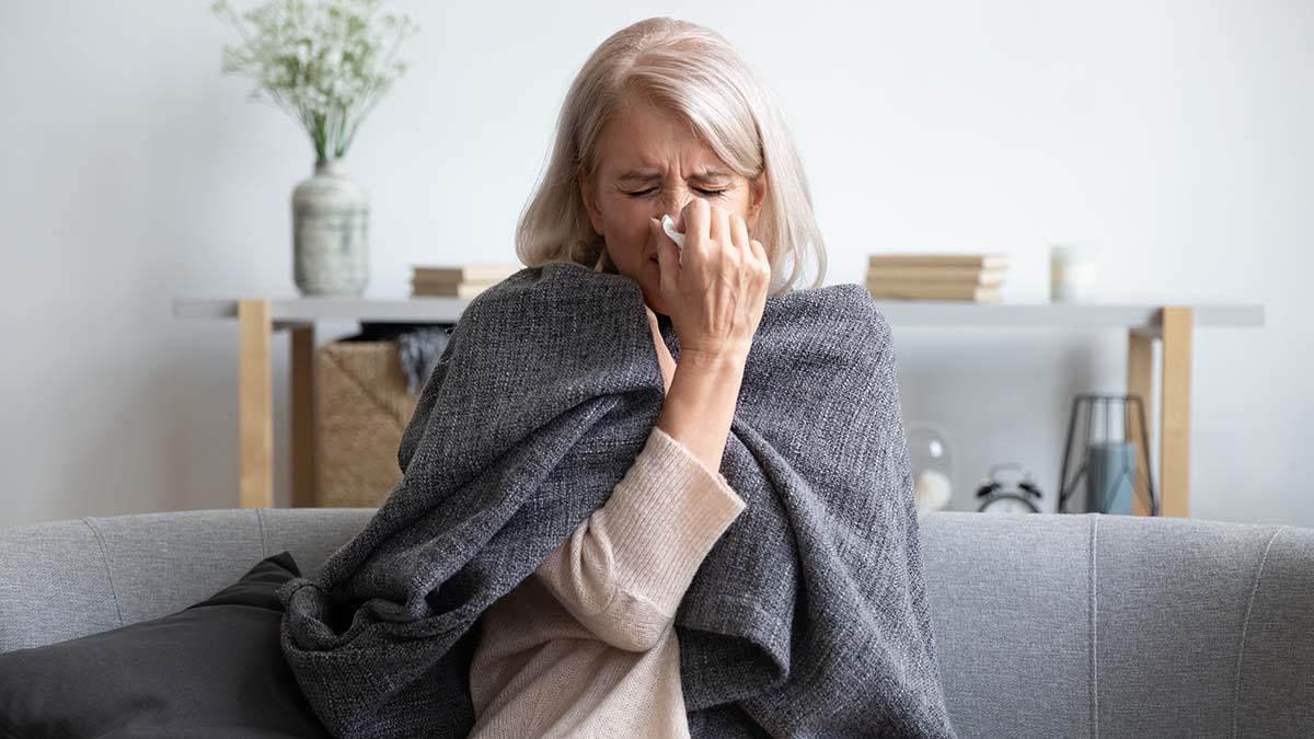 Koronavirus apo alergji? Simptoma që bën diferencën