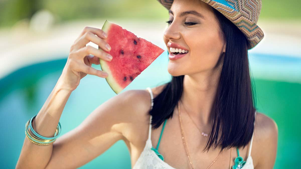 5 ushqimet që shuajnë etjen më shumë sesa uji