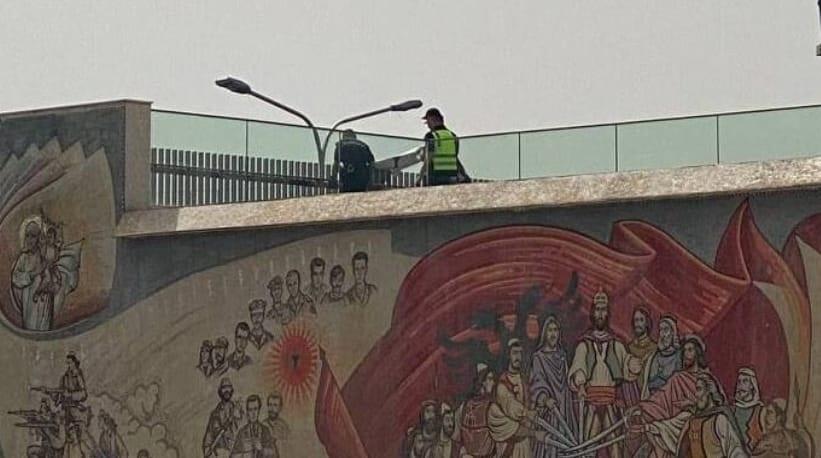Policët në Shkup heqin posterat për Çamërinë, organizatori: Urojmë që mos ndikojë në marshim