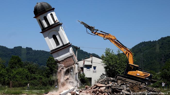 Prishet kisha afër Srebrenicës, familja myslimane fiton betejën për pronën