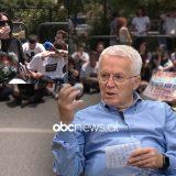 Ish-drejtori i Arsimit parauniversitar thirrje mësuesve: Dilni në protestë, ju është nëpërkëmbur dinjiteti