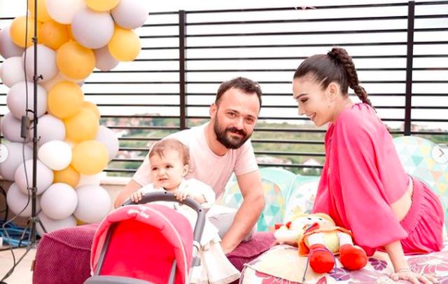 1-vjetori i së bijës, Jonida Vokshi publikon pamjet nga festa e ditëlindjes