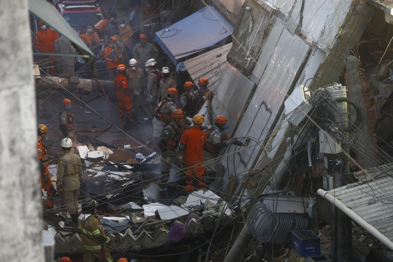 Shembet ndërtesa katër katëshe në Rio de Janeiro, vdes një foshnje