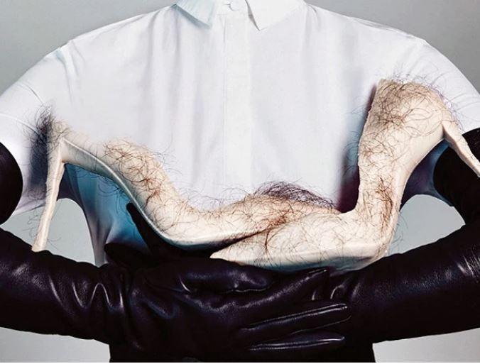 Krijohen këpucët e para me flokë njeriu