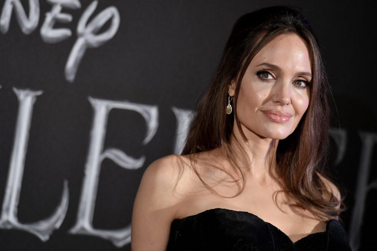 Angelina Jolie nxit thashethemet se është rikthyer me ish burrin e saj
