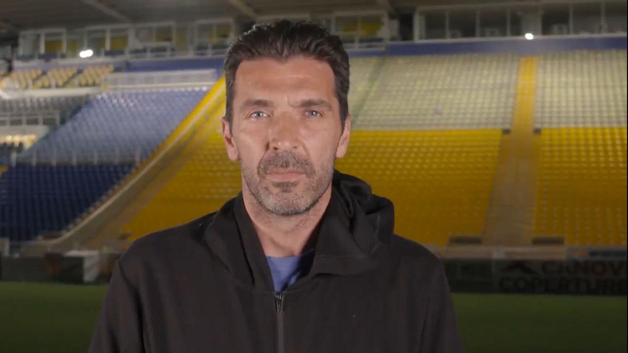 Zyrtarizim me video si Superman, Buffon rikthehet pas 20 vitesh te Parma