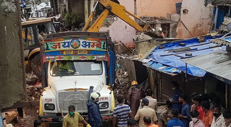 Shembet ndërtesa në Mumbai, 11 të vdekur, mes tyre 8 fëmijë