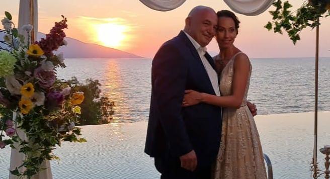 Italiani bën dasmën në hotelin luksoz të Vlorës me çek të falsifikuar, dasmorët një javë pa pagesë