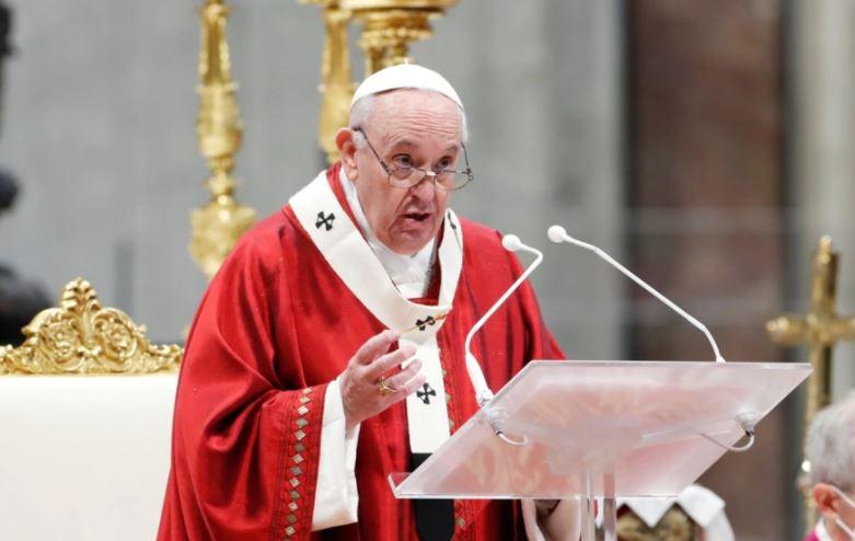 Papa: Mesdheu është bërë varreza më e madhe në Evropë