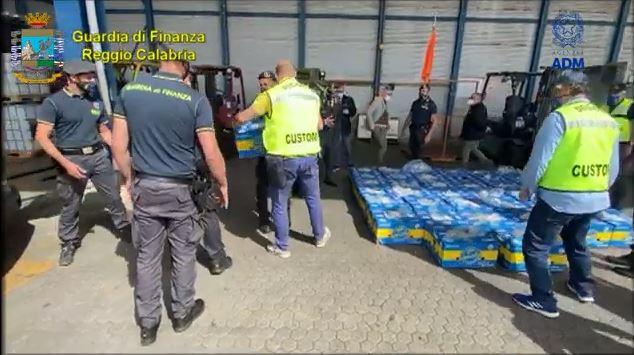 Sekuestrohet mbi 1 ton kokainë në portin Gioia Tauro, kishte destinacion Turqinë