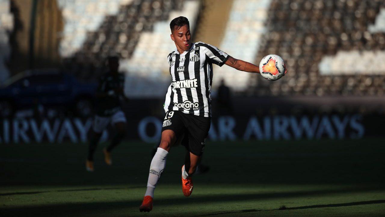 """Ia """"rrëmbeu"""" Milanit, Juventus siguron talentin për vetëm 6 milionë euro"""