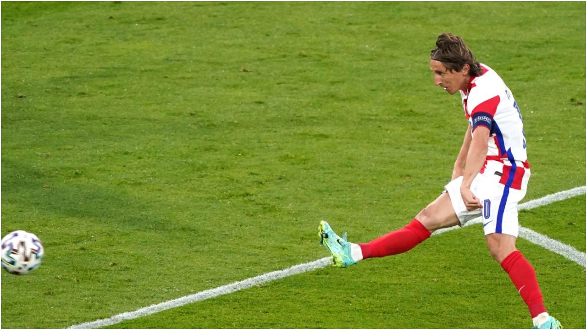 VIDEO/ Eurogol në Skoci: Super Luka Modric, afron Kroacinë me kualifikimin