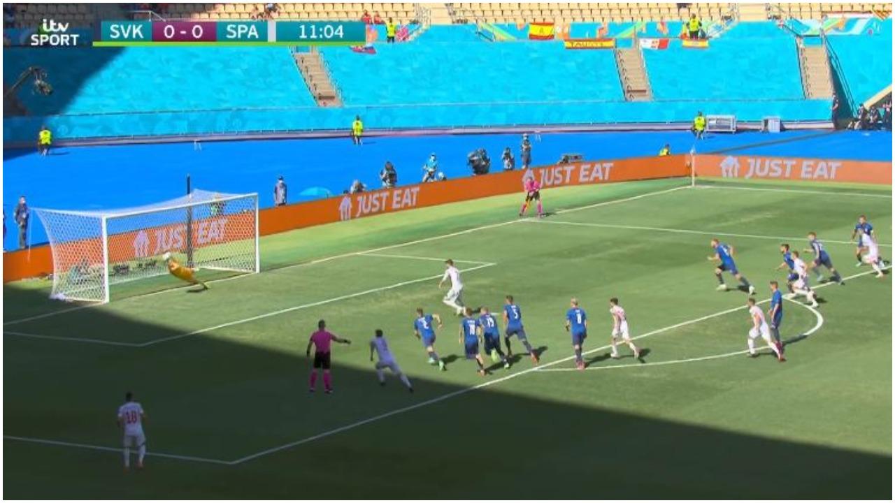 """VIDEO/ Spanjë """"e mallkuar"""", Morata s'di të shënojë as me penallti! Super Dubravka"""