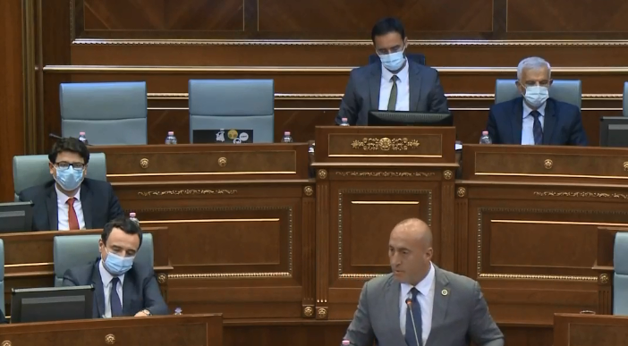 Haradinaj dyshues ndaj Kurtit: A mos po fshihesh prej Serbisë?
