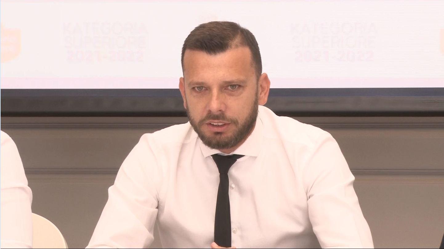 """Prezantohet Shkëmbi: Nuk i thuhet """"jo"""" Dinamos! Merkato? Lakohen edhe emra të pavërtetë"""