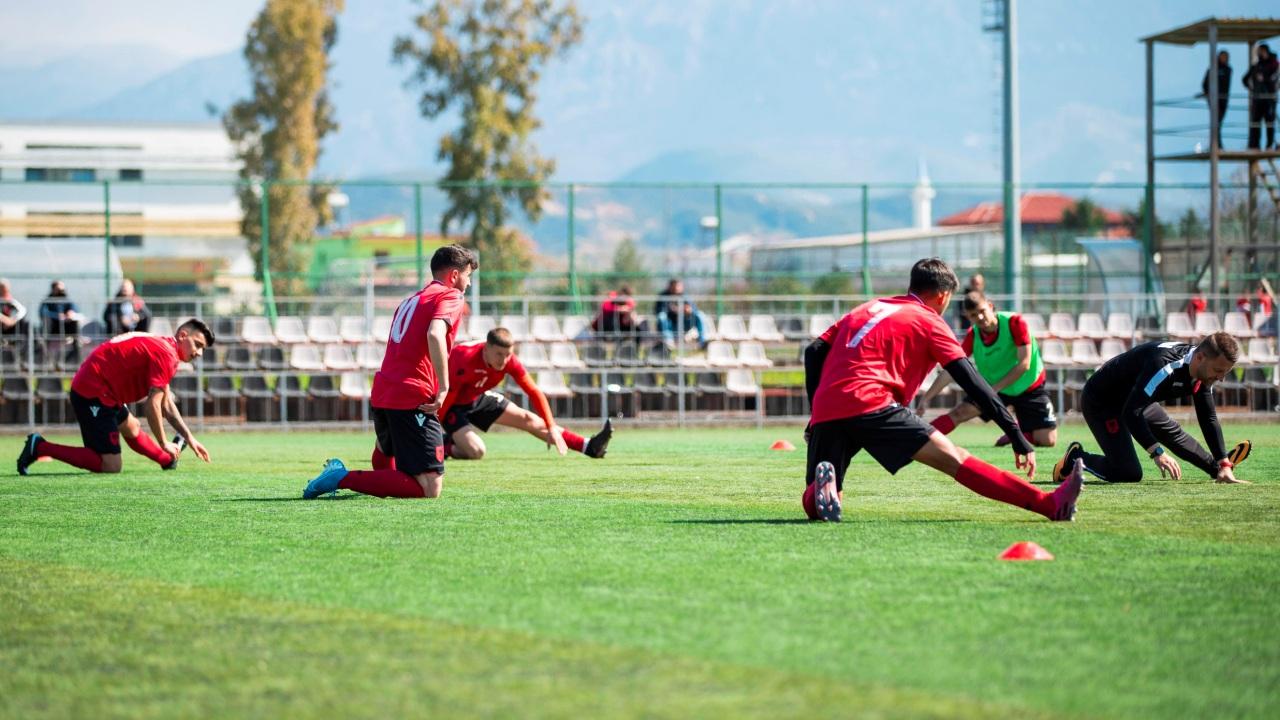 Dy miqësore me Malin e Zi, FSHF publikon listën e Shqipërisë U20