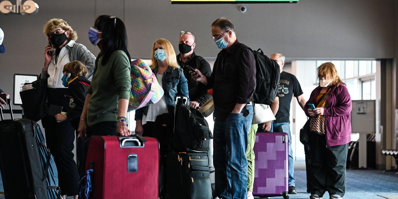 Pse linjat ajrore i lënë pasagjerët e sëmurë në fluturime