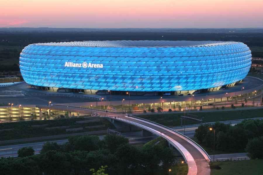 Pandemia ndryshon planet, UEFA cakton stadiumet e finaleve për 4 vitet e ardhshme