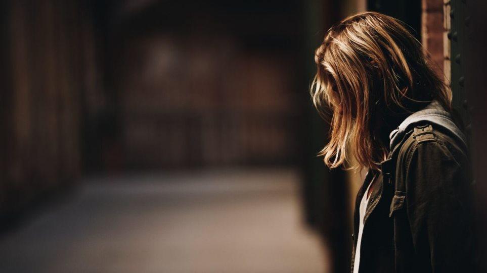 Pandemia rriti tentativat për vetëvrasje tek adoleshentet në SHBA