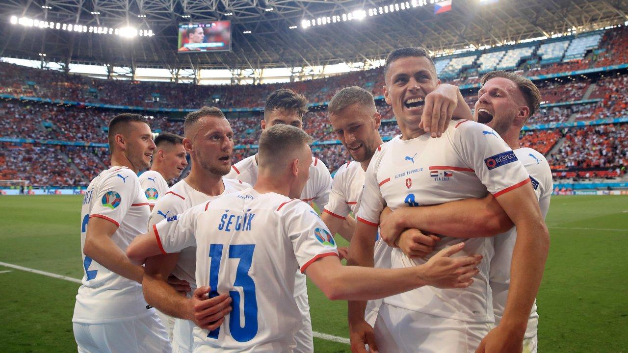 VIDEO/ Euro 2020: Çeki-Danimarkë çerekfinalja e parë, Holanda në lot
