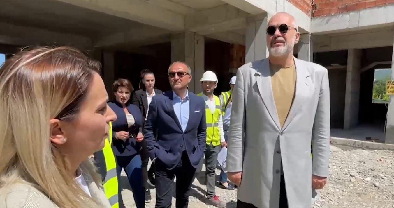 """""""Europa është këtu"""", Rama: Shkollat po rilindin pas shkatërrimit nga tërmeti falë financimit nga BE"""