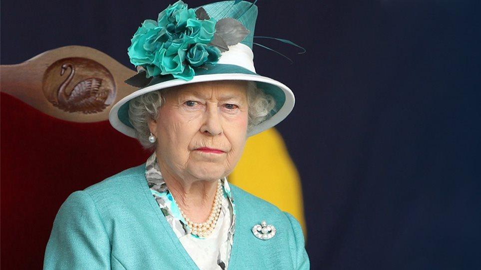 U bënë me vajzë, mbretëresha mund të jetë mërzitur me Harry-n dhe Meghan për këtë arsye