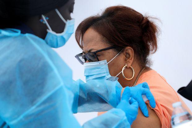 70% e popullsisë së New York është vaksinuar kundër Covid-19