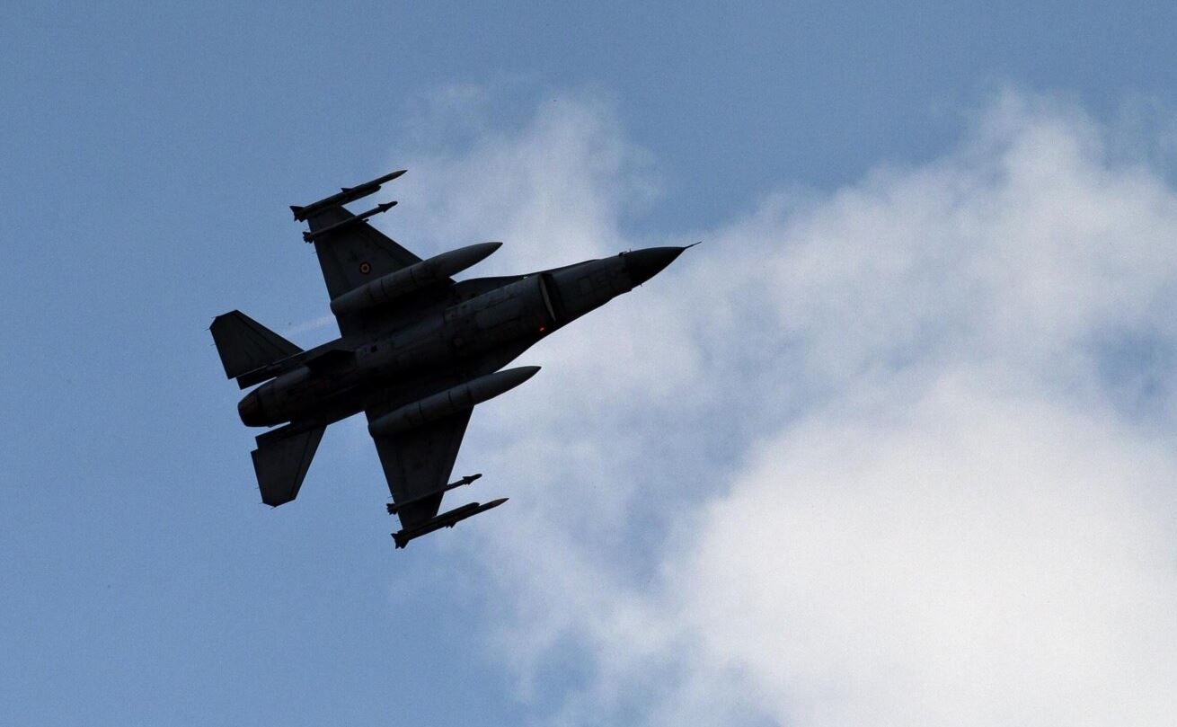 Sulmi ajror turk vret tre vetë në një kamp refugjatësh në Irak