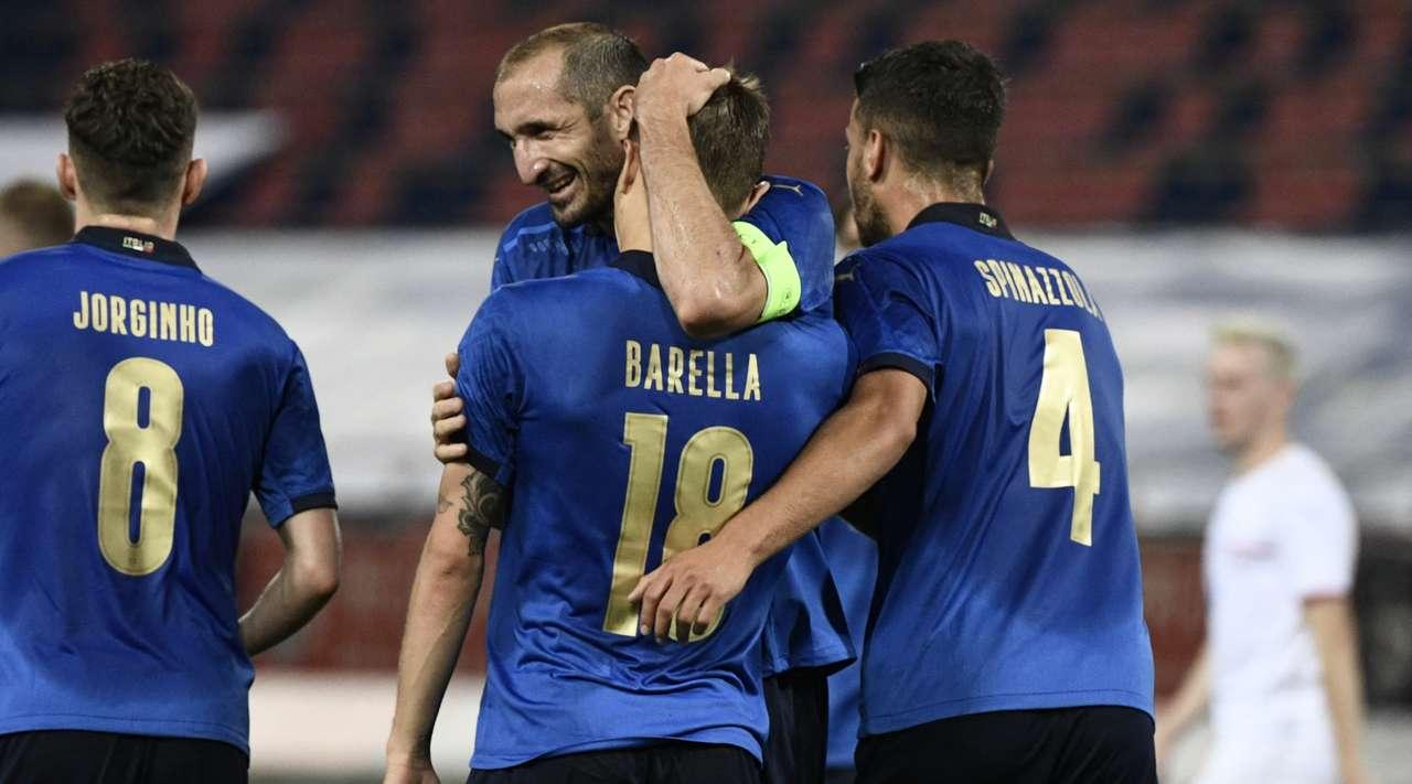 Italia e Mancinit mund të shkruajë historinë, rekordi 82-vjeçar 90 minuta larg