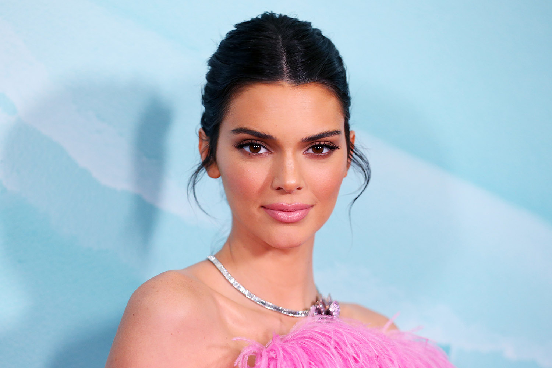Kendall Jenner flet për herë të parë për lidhjen me Devin Booker