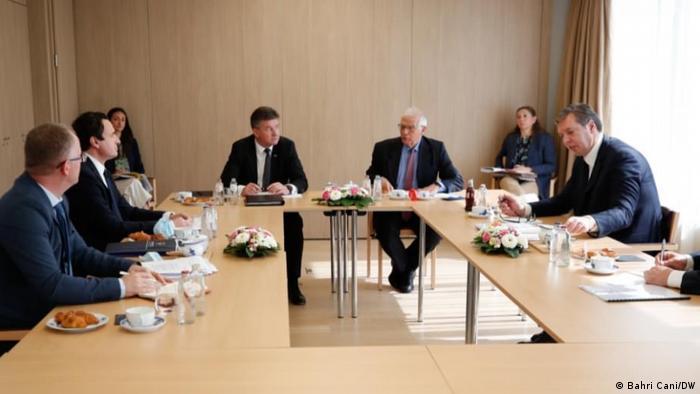 Dialogu Kosovë-Serbi, Kurtit tregon kur mund të raportojë në Kuvend