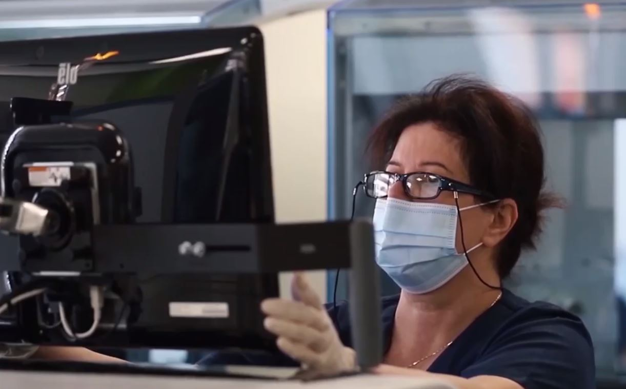 Manastirliu: Zgjerohet gama e analizave falas në QSUT, e njëjta cilësi do të jetë në 18 spitale