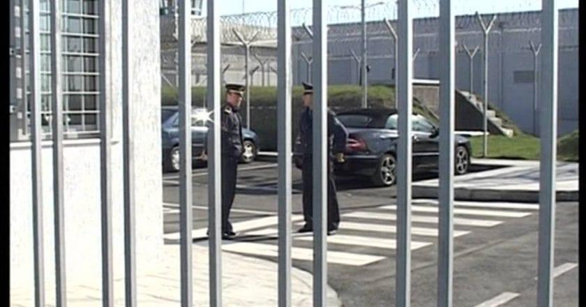 Nis vaksinimi në burgun e Fierit, 42 të dënuar marrin dozën Sputnik dhe Pfizer