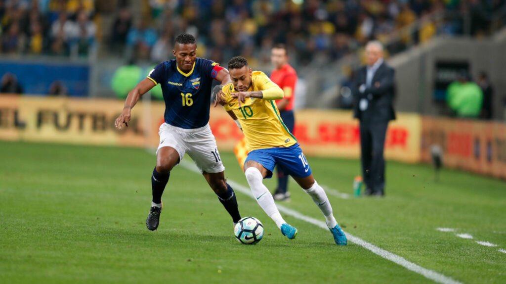 """VIDEO/ Brazili """"frymëzohet"""" nga Neymar, fiton ndaj Ekuadorit dhe ruan kreun"""