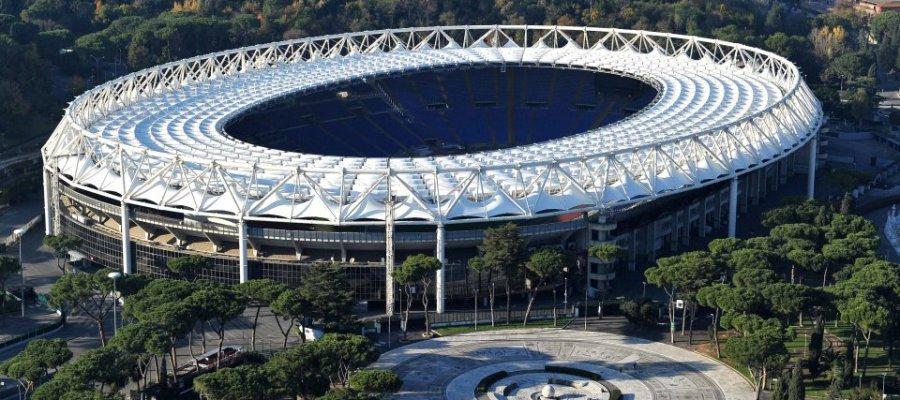 """Italia luan në darkë ndaj Zvicrës, alarm për bombë pak kilometra nga stadiumi """"Olimpico"""""""