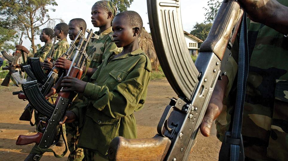Raporti i OKB: Më shumë se 8,500 fëmijë u përdorën si ushtarë në konflikte vitin e kaluar