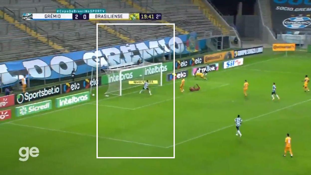 """VIDEO/ Leksione falas si të mos shënosh, Ricardinho bëhet """"hit"""" në internet"""