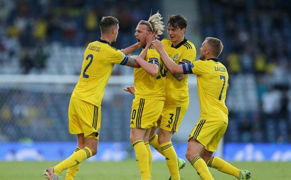 VIDEO/ Zinchenko zhbllokon ndeshjen, Forsberg i kundërpërgjigjet në limite