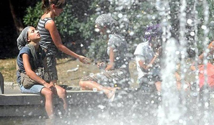 Temperatura mbi 41 gradë, ISHP: Çfarë duhet të bëni nëse nuk ndiheni mirë