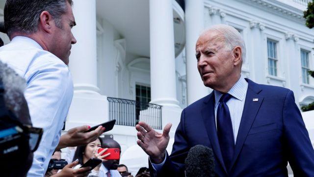Biden: Informacionet e rreme në Facebook po vrasin njerëzit