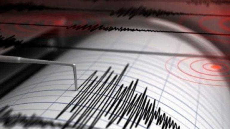 Tërmeti i fuqishëm me madhësi 8.2 godet Alaskën, alarm për cunam