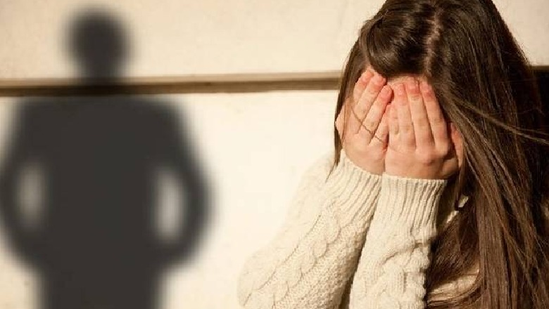 Ndodh në Kavajë: 31-vjeçari detyron mbesën të drogohet dhe e ngacmon seksualisht, më pas dhunon gruan